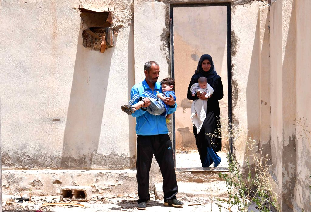 IS frees 46 people in Syrian desert