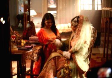 Isha Malviya, Priyanka Chaudhary choose their wedding dresses for Udaariyaan - Priyanka Chaudhary