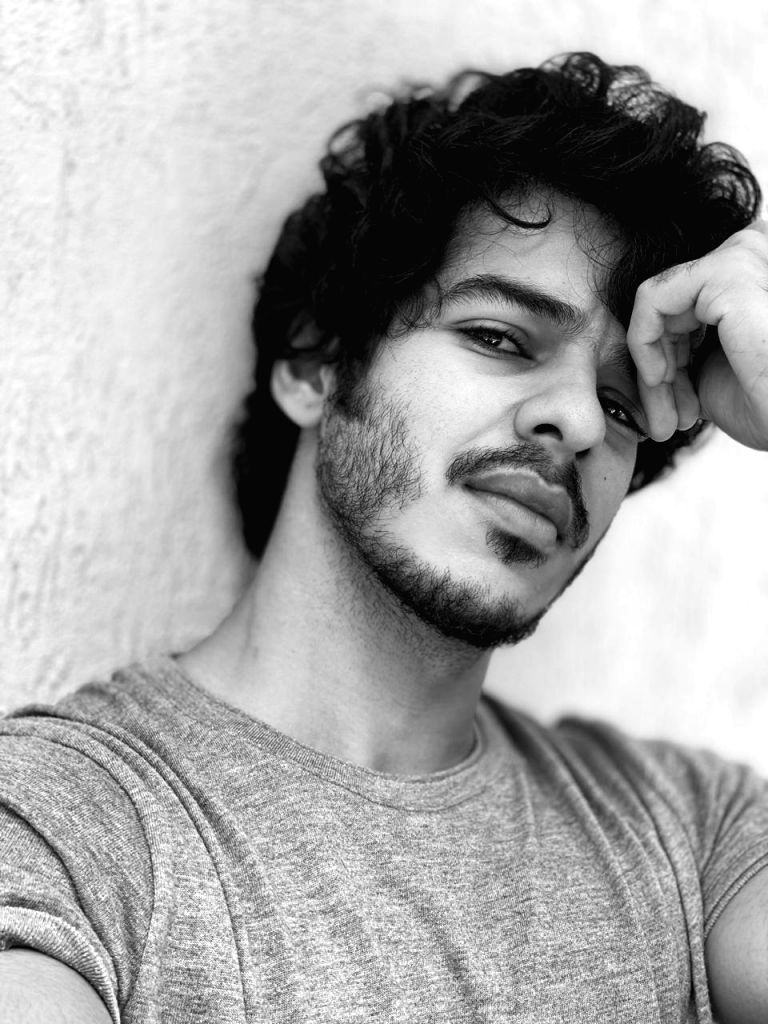 Ishaan Khatter shares pics of first look test for 'Khaali Peeli'