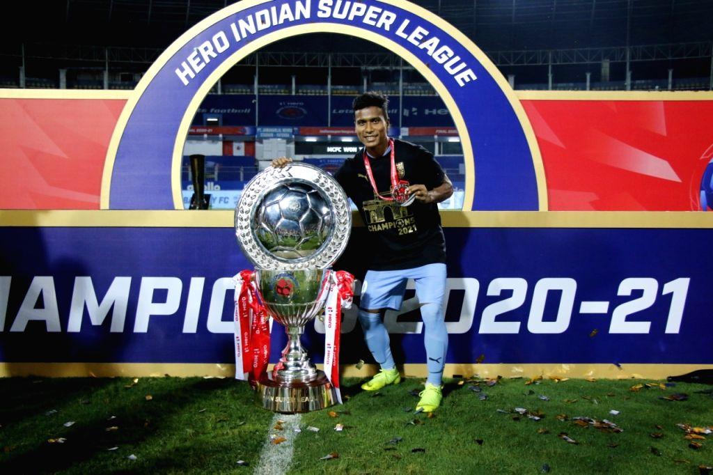 ISL champions Mumbai City FC extend striker Bhumij's contract