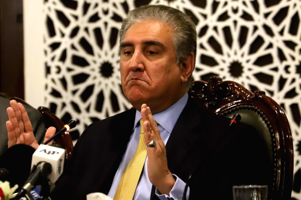 ISLAMABAD, Feb. 26, 2019 (Xinhua) -- Pakistan Foreign Minister Shah Mahmood Qureshi speaks during a press conference at the Foreign Affairs Ministry in Islamabad, capital of Pakistan, on Feb. 26, 2019, after Indian warplanes violated the Line of Cont - Shah Mahmood Qureshi