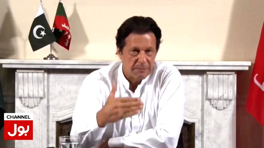 ISLAMABAD, July 28, 2018 (Xinhua) -- Screenshot taken from Bol news channel shows Imran Khan, chairman of Pakistan Tehrik-i-Insaf (PTI) party, speak to media in Islamabad, capital of Pakistan on July 26, 2018. Former Pakistani cricket star Imran Khan - Imran Khan