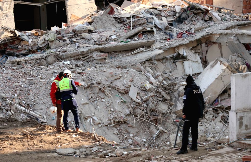 ISTANBUL, Feb. 10, 2019 - Rescuers work at the site of the collapsed apartment building in Istanbul, Turkey, on Feb. 10, 2019. The rescue teams on Sunday concluded their four-day-long recovery ...