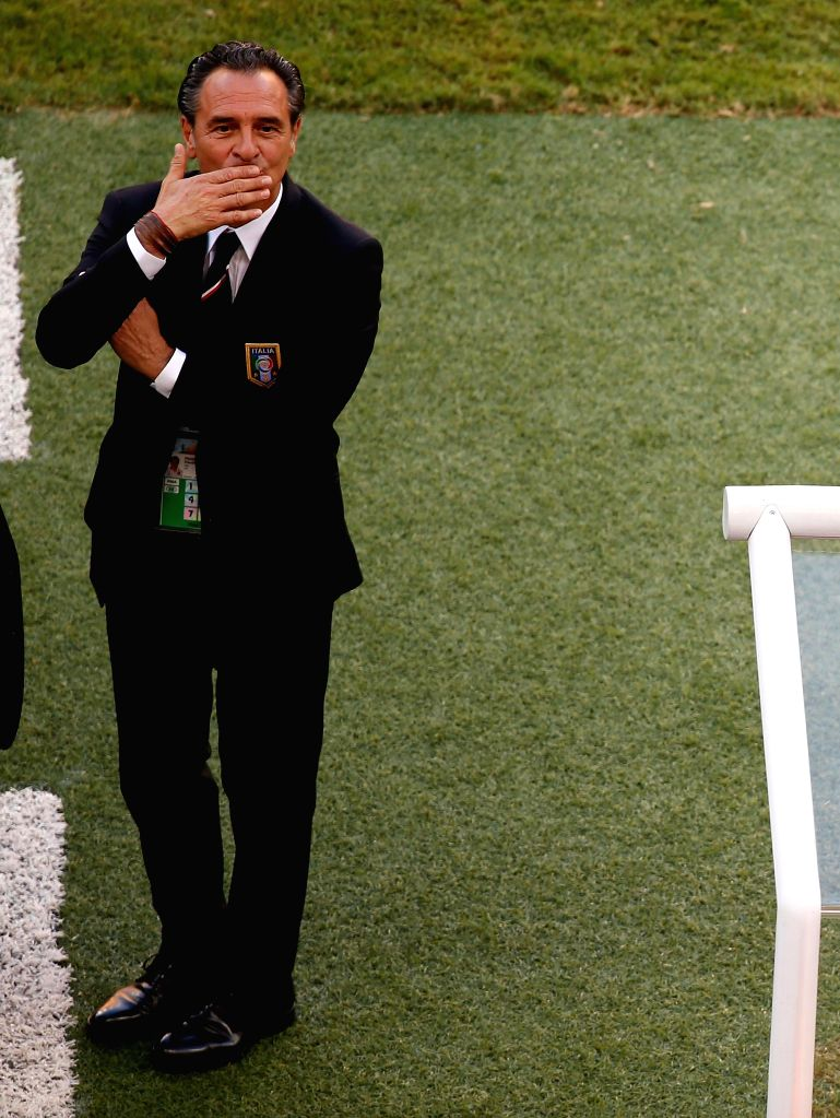 :Italy's coach Cesare Prandelli is seen before a Group D match between England and Italy of 2014 FIFA World Cup at the Arena Amazonia Stadium in Manaus, ...