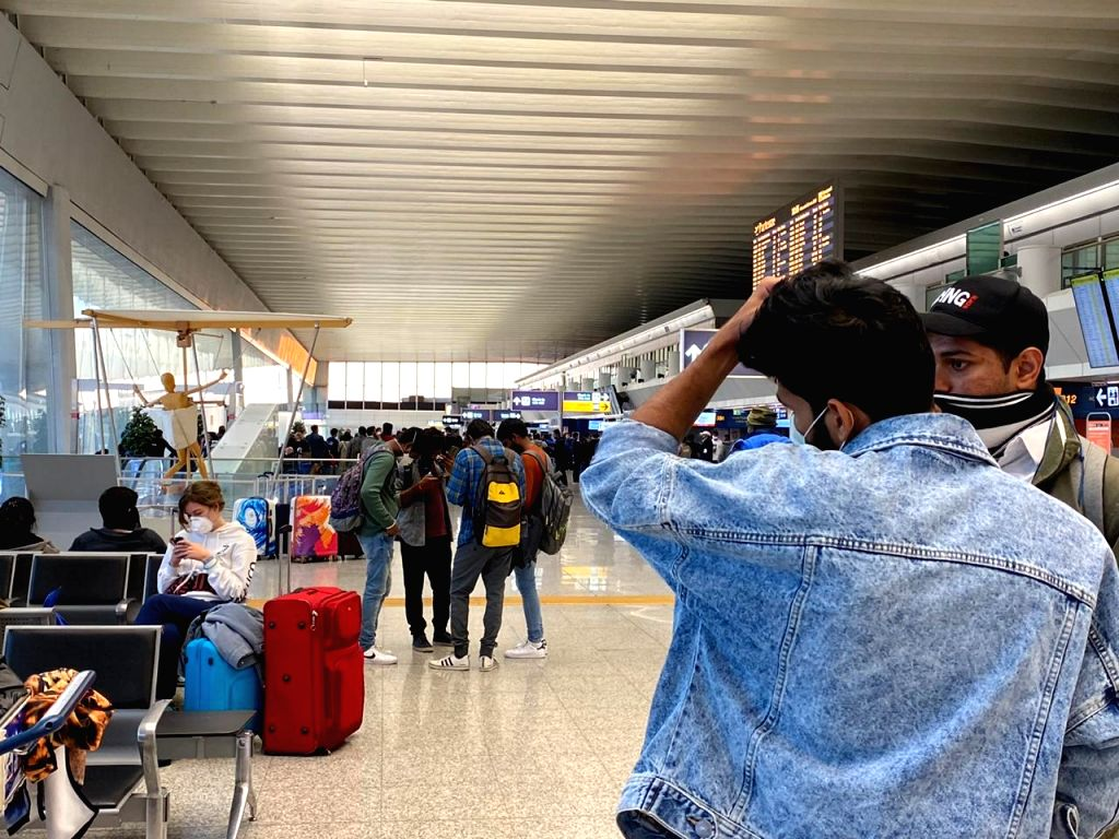 Italy: The Covid 19-free certificate that has been made compulsory for travellers from Italy and South Korea has now become a hurdle for Indian students stranded in Italy. The students claimed that in the absence of a proper testing facility in Italy