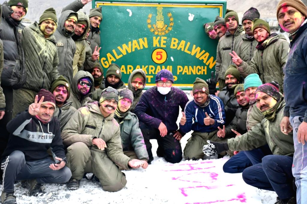 ITBP troops celebrating Holi near Galwan 17000  feet, Ladakh