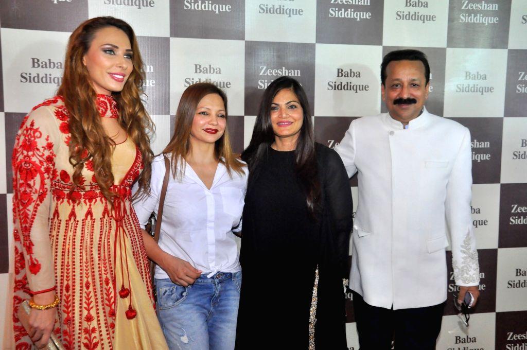 Iulia Vantur, Alvira Khan Agnihotri and Congress leader Baba Siddique during Congress leader Baba Siddique`s Iftar party, in Mumbai, on June 24, 2017. - Alvira Khan Agnihotri