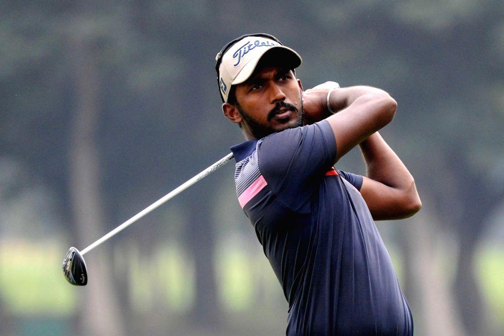Jabir Singh in action during Open Golf Championship 2016, in Bengaluru on Oct 20, 2016. - Jabir Singh