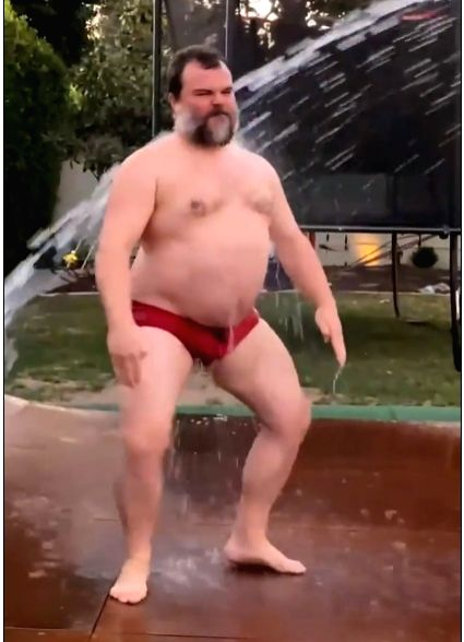 Jack Black does wet and wild 'WAP' dance