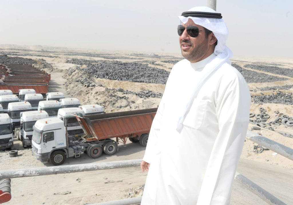JAHRA GOVERNORATE (KUWAIT), Oct. 17, 2019 Sheikh Abdullah Ahmad Al-Humoud Al-Sabah, Director of the Environment Public Authority (EPA) of Kuwait, is seen on a site for collecting used ...