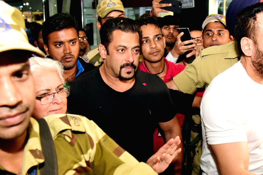 : Jaipur: Actor Salman Khan arrives at Jaipur airport on Sept 17, 2018. (Photo: IANS).