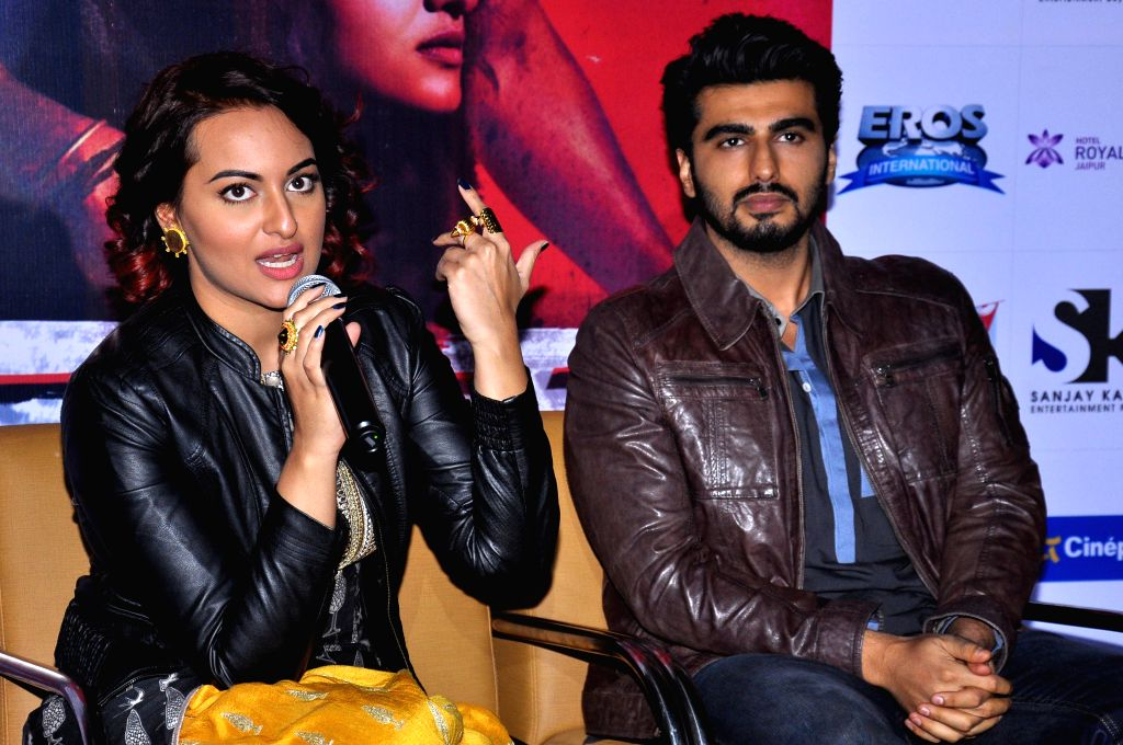 Actors Arjun Kapoor and Sonakshi Sinha during a press conference to promote their upcoming film `Tevar` in Jaipur, on Dec 12, 2014.