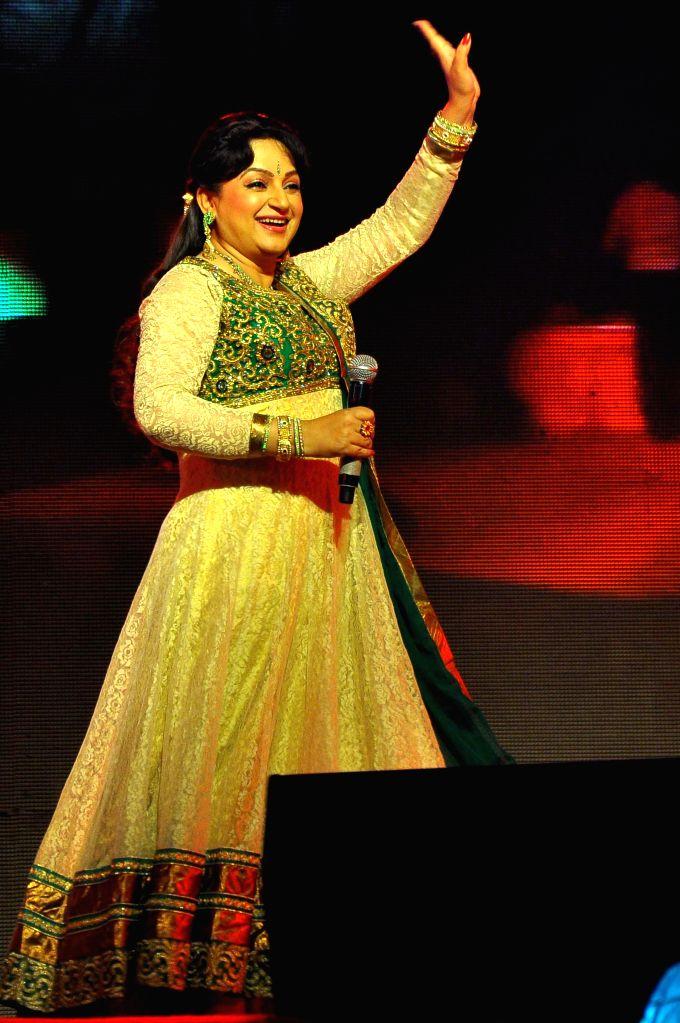 Actress Upasana Singh performs during Jaipur Laughter Festival 2015 in Jaipur, on Jan 11, 2015. - Upasana Singh