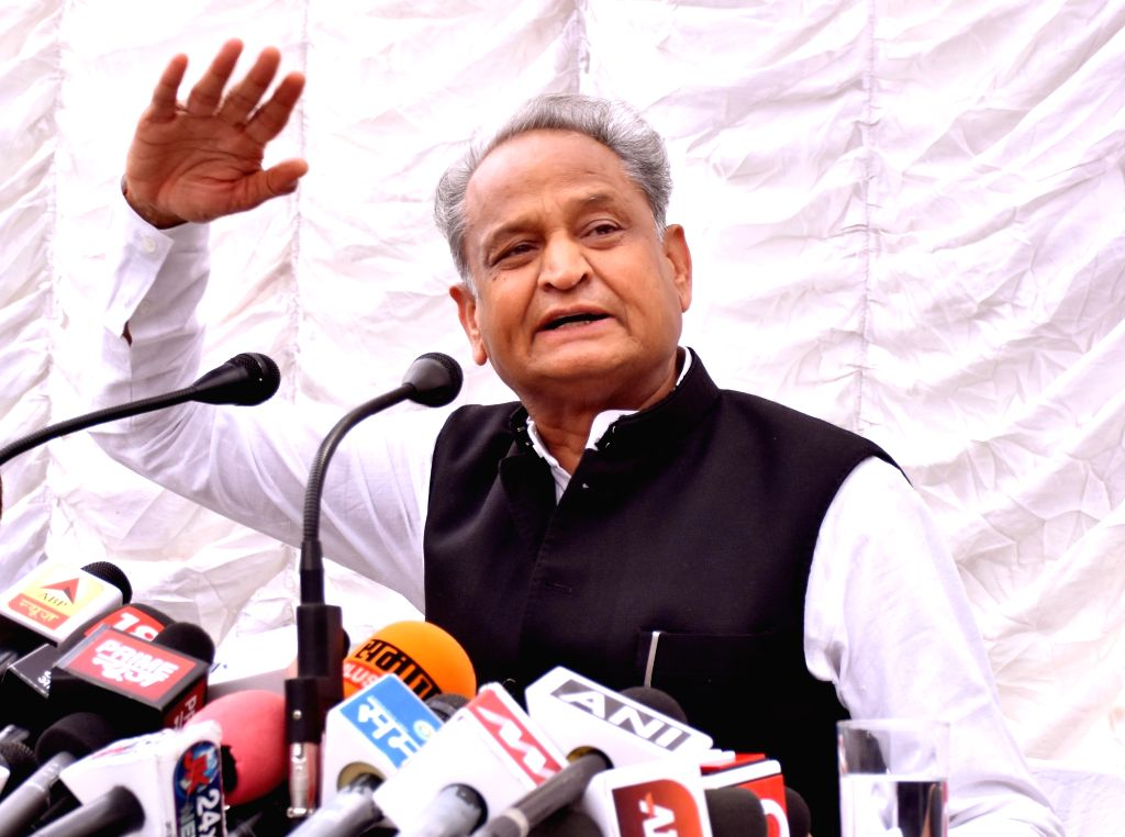 :Jaipur: Congress leader Ashok Gehlot addresses a press conference in Jaipur on Sept 17, 2018. (Photo: IANS).