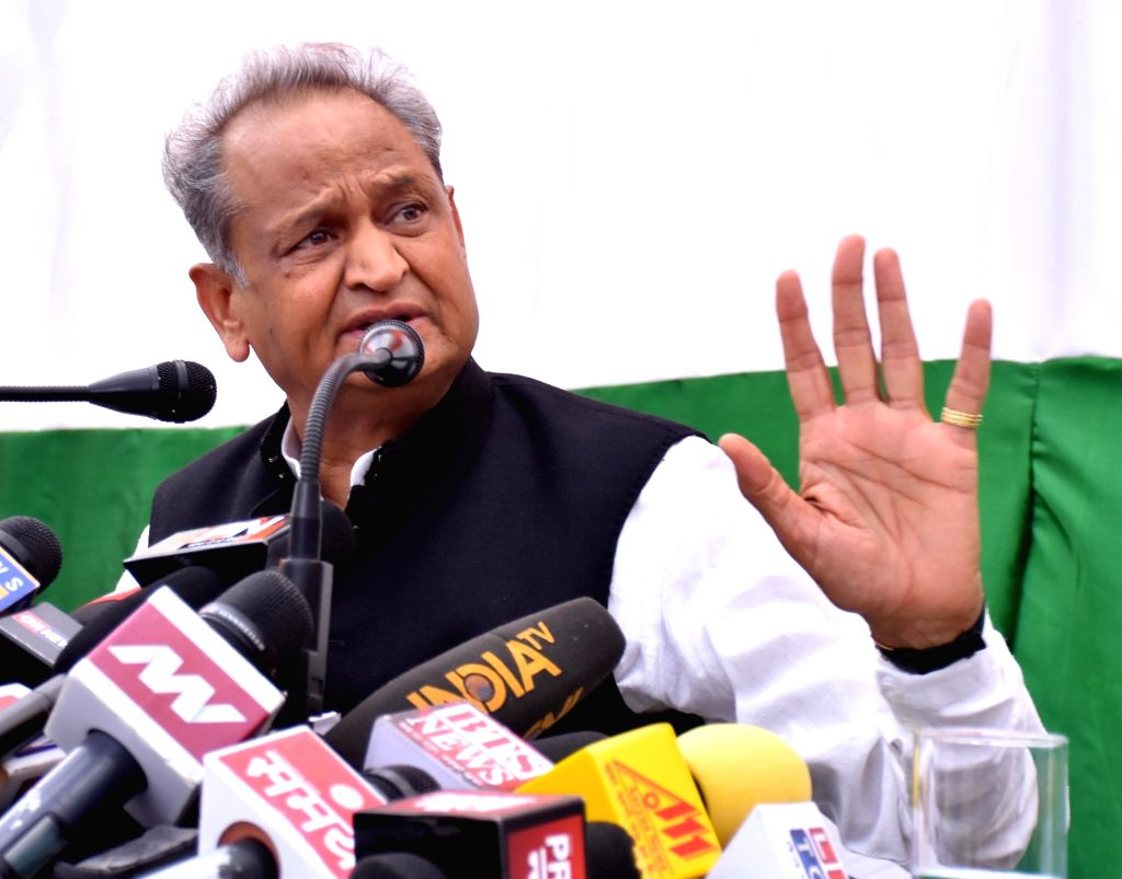 : Jaipur: Congress leader Ashok Gehlot addresses a press conference in Jaipur on Oct 22, 2018. (Photo: IANS).