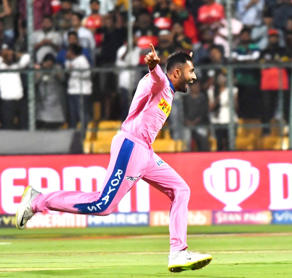 Jaipur, March 31 (IANS) Rajasthan Royals' bowling all-rounder Shreyas Gopal on Tuesday said he does harbour ambitions of playing for India someday but is not putting too much pressure on himself by thinking about it all the time.