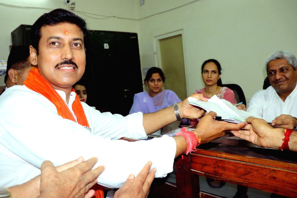 Jaipur: Union Minister and BJP's Lok Sabha candidate from Jaipur Rural, Rajyavardhan Singh Rathore files his nomination for the forthcoming Lok Sabha polls, in Jaipur, on April 16, 2019. (Photo: Ravi Shankar Vyas/IANS) - Rajyavardhan Singh Rathore