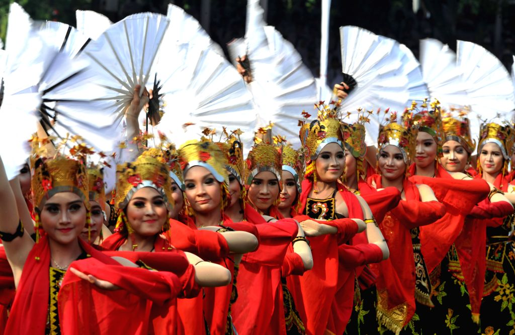 JAKARTA, Aug. 17, 2017 - Dancers perform during the ceremony to mark the 72nd Independence Day of Indonesia at Merdeka Palace in Jakarta, Indonesia, Aug. 17, 2017.