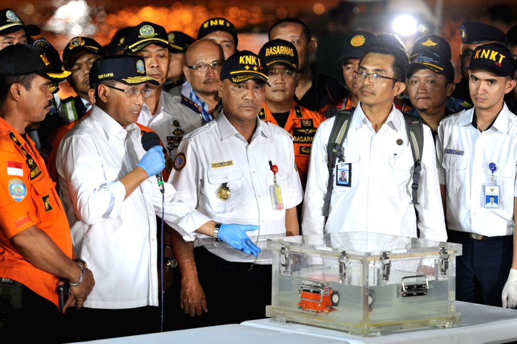JAKARTA, Nov. 1, 2018 - Indonesia's Transportation Minister Budi Karya Sumadi (2nd L) speeks during a press conference about Flight Data Record (FDR) of the crashed Lion Air JT 610 at the Tanjung ... - Budi Karya Sumadi