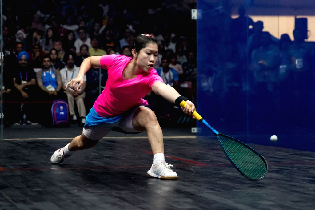 JAKARTA, Sept. 1, 2018 - Au Wing Chi Annie of China's Hong Kong competes against Joshana Chinappa of India during the Squash Women's Team Gold Medal Match at the 18th Asian Games in Jakarta, ...