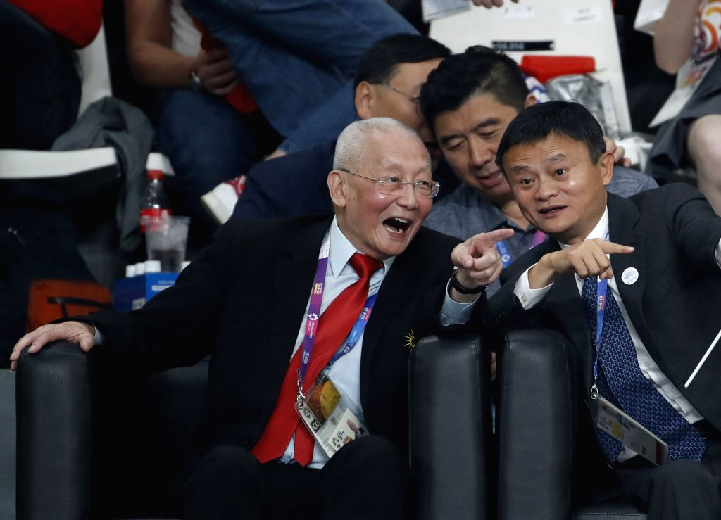 JAKARTA, Sept. 1, 2018 - Wei Jizhong (L Front), Olympic Council of Asia (OCA) Honorary Life Vice Chairman, and Jack Ma (R Front), founder and chairman of Chinese e-commerce giant Alibaba Group, watch ...