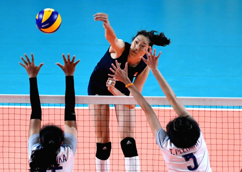 JAKARTA, Sept. 1, 2018 - Zhu Ting (C) of China competes during women's volleyball final between China and Thailand at the 18th Asian Games 2018 in Jakarta, Indonesia, Sept. 1, 2018.