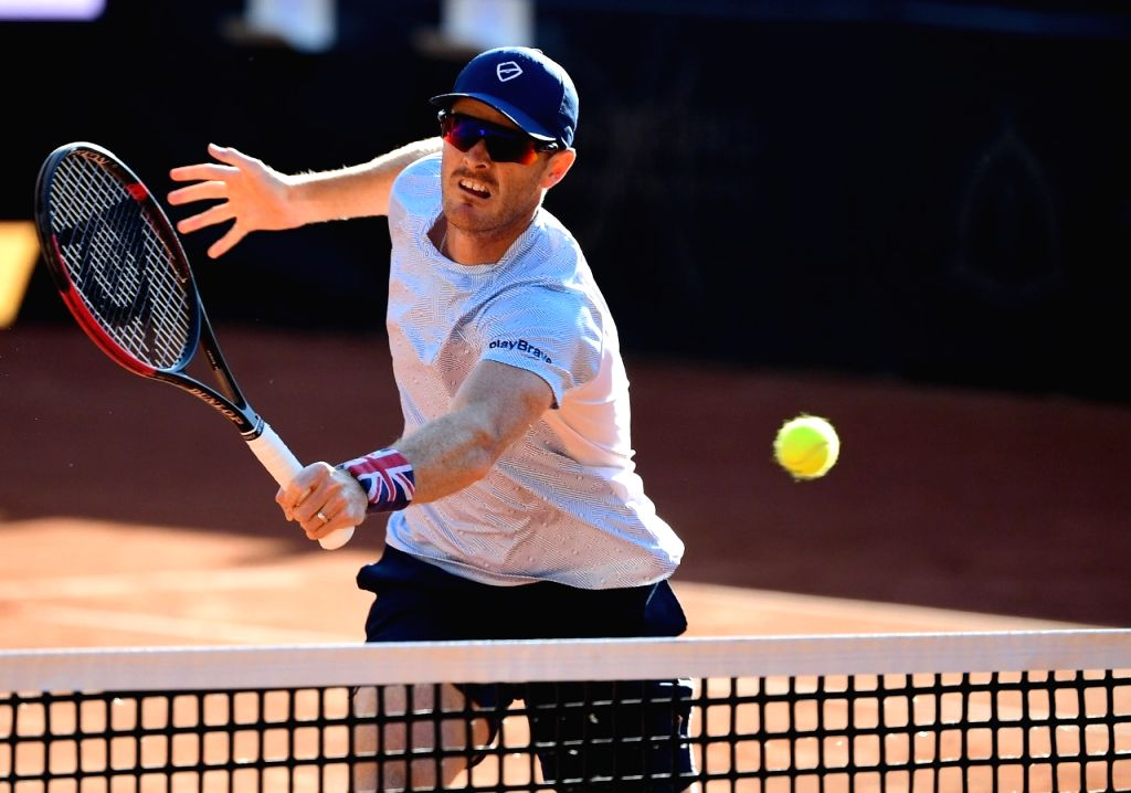 Jamie Murray attacks French Open for cash cut, 'toilet' hotel