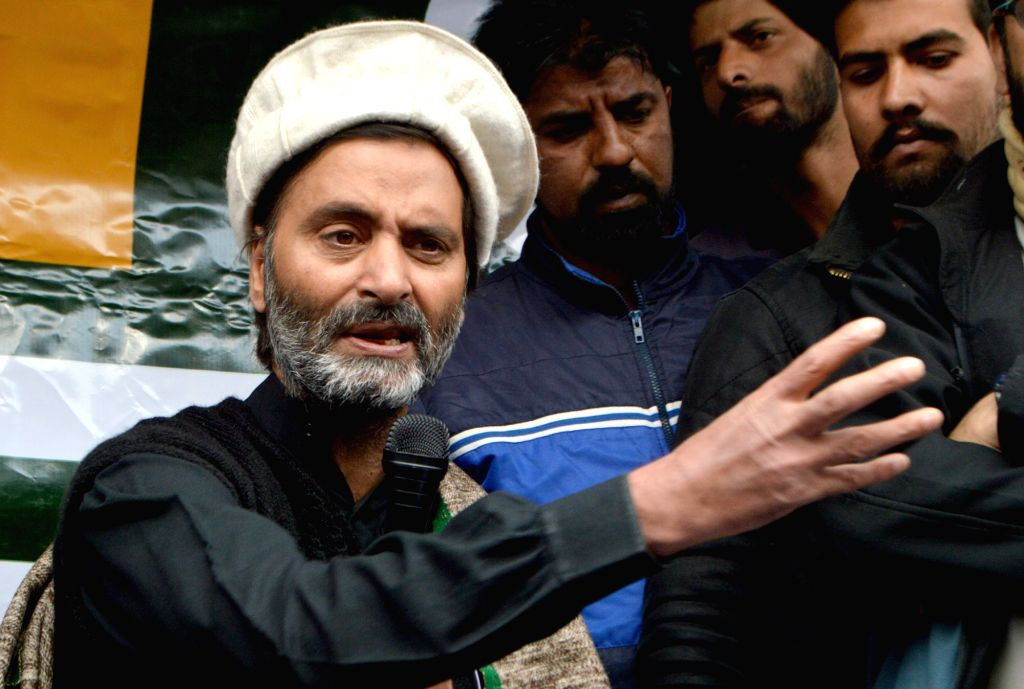 Jammu Kashmir Liberation Front (JKLF) chairman Mohammad Yasin Malik addresses a press conference in Srinagar on Oct 30, 2016. - Malik