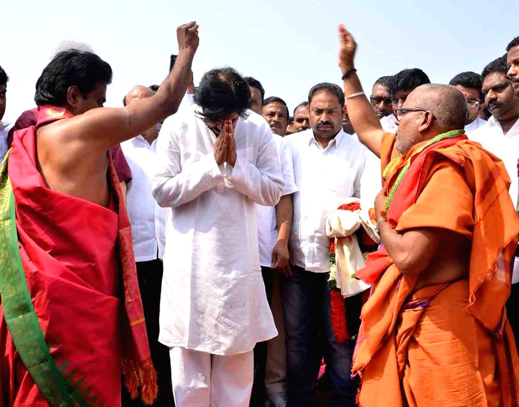 Jana Sena chief Pawan Kalyan during the foundation stone laying ceremony of his party office in Anantapur, Andhra Pradesh on Jan 27, 2018.