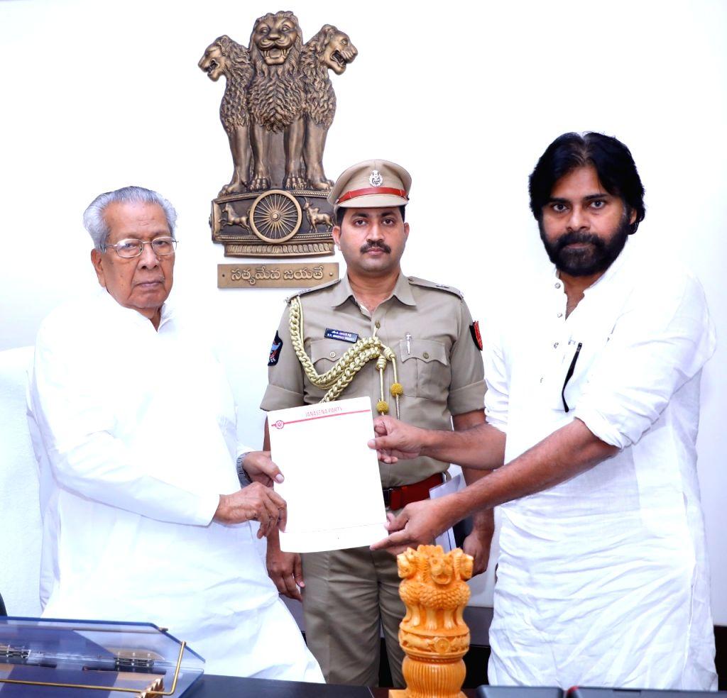 Jana Sena Party chief Pawan Kalyan meets Andhra Pradesh Governor Biswabhusan Harichandan and submits a memorandum, at Raj Bhavan in Hyderabad on Nov 12, 2019.