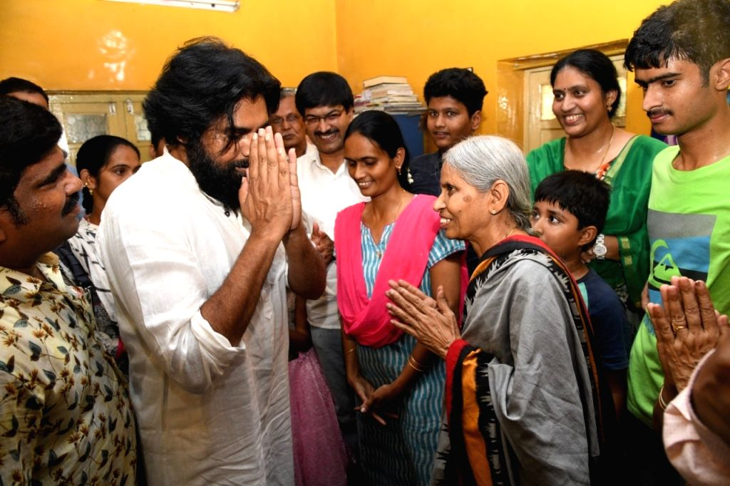 Jana Sena Party chief Pawan Kalyan meets the family members of the party's Late Nandyal MP SPY Reddy who passed away recently, during his visit to the leader's residence to pay his ...