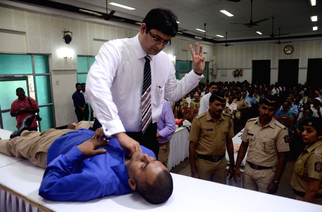 Jaslok Hospital experts conduct a Cardiopulmonary resuscitation (CPR) training for police officials ahead of World Heart Day at Prerana Hall, Police Club in Mumbai on Sept 27, 2017.