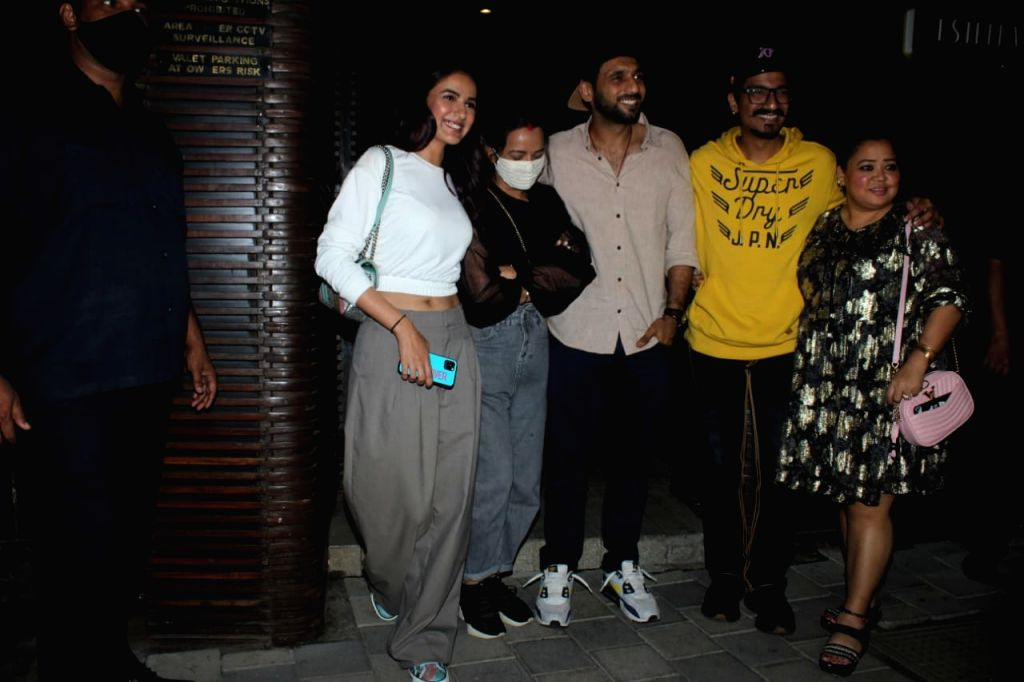 Jasmin Bhasin and Bharti singh seen at juhu on Jan 13, 2021.