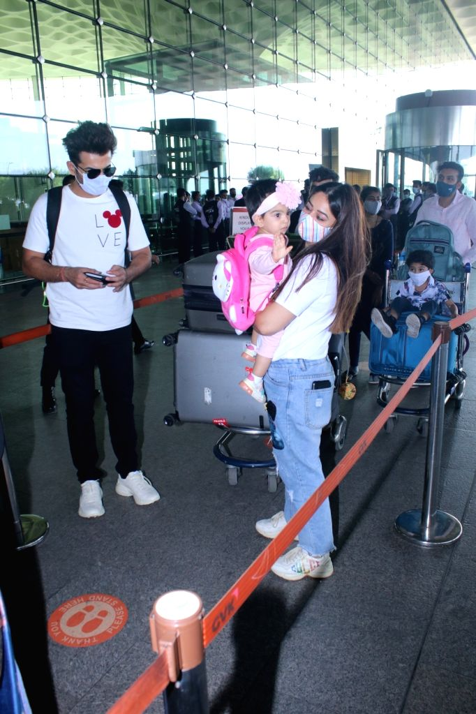 Jay Bhanushali, Mahhi Vij and daughter Tara spotted at Airport departure on Tuesday 02nd March, 2021.