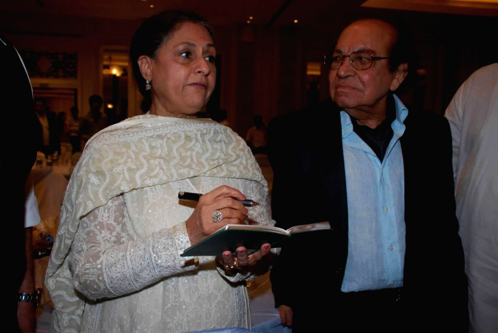 Jaya Bachchan at Roshan Taneja's Birthday.