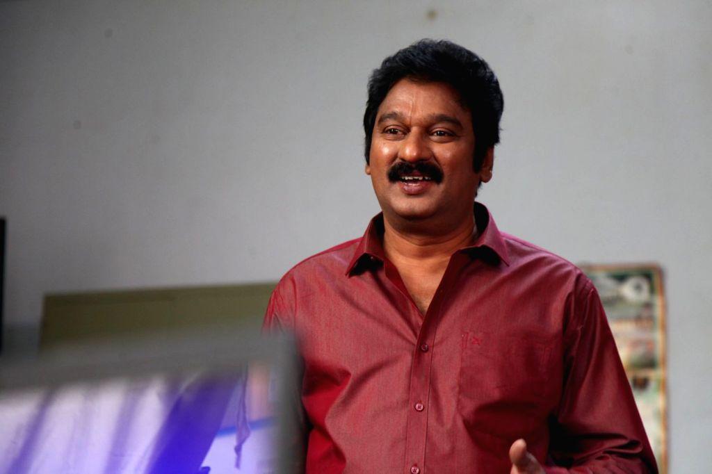 Jayammu Nischayammu Raa - Stills.