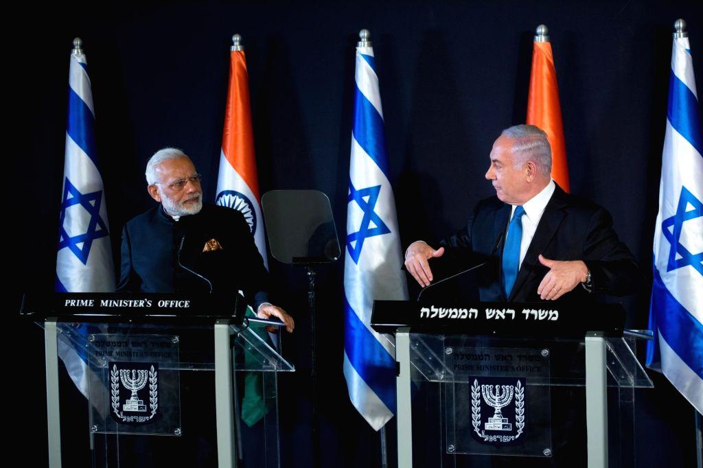 JERUSALEM, July 5, 2017 - Israeli Prime Minister Benjamin Netanyahu (R) and Indian Prime Minister Narendra Modi attend a joint press conference in Jerusalem, on July 5, 2017. - Benjamin Netanyahu and Narendra Modi