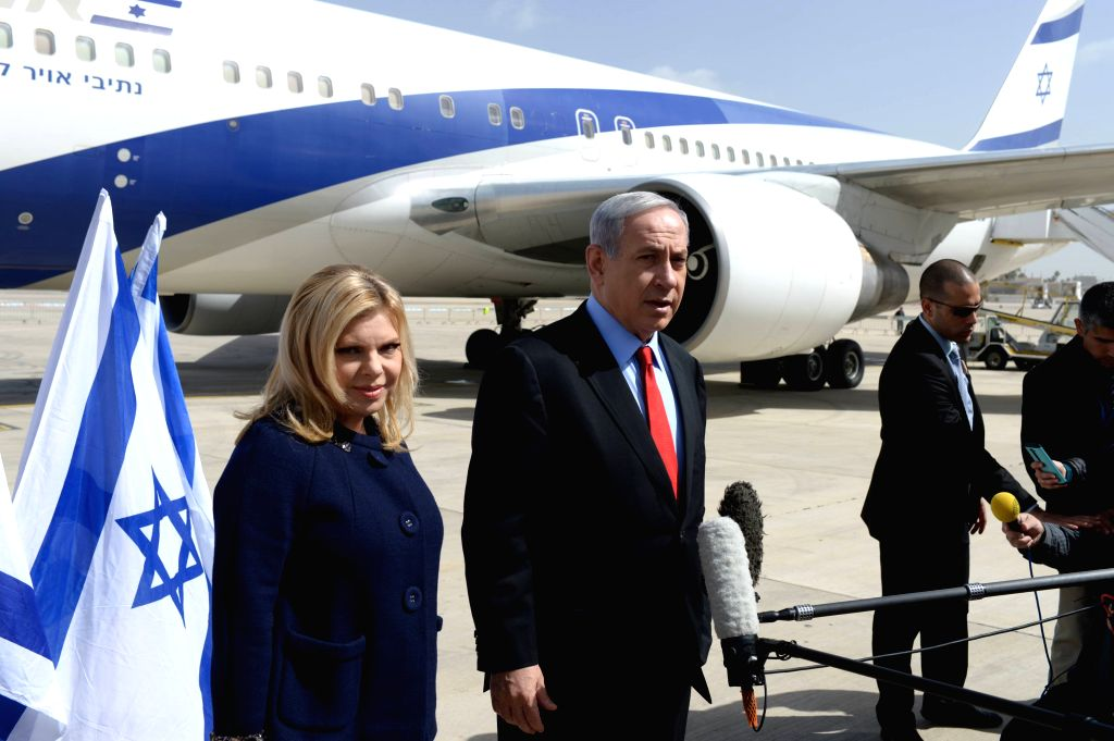 Israeli Prime Minister Benjamin Netanyahu and his wife Sarah leave for Washington D.C. at Ben Gurion Airport outside Tel Aviv, Israel, on March 1, 2015. Benjamin ... - Benjamin Netanyahu