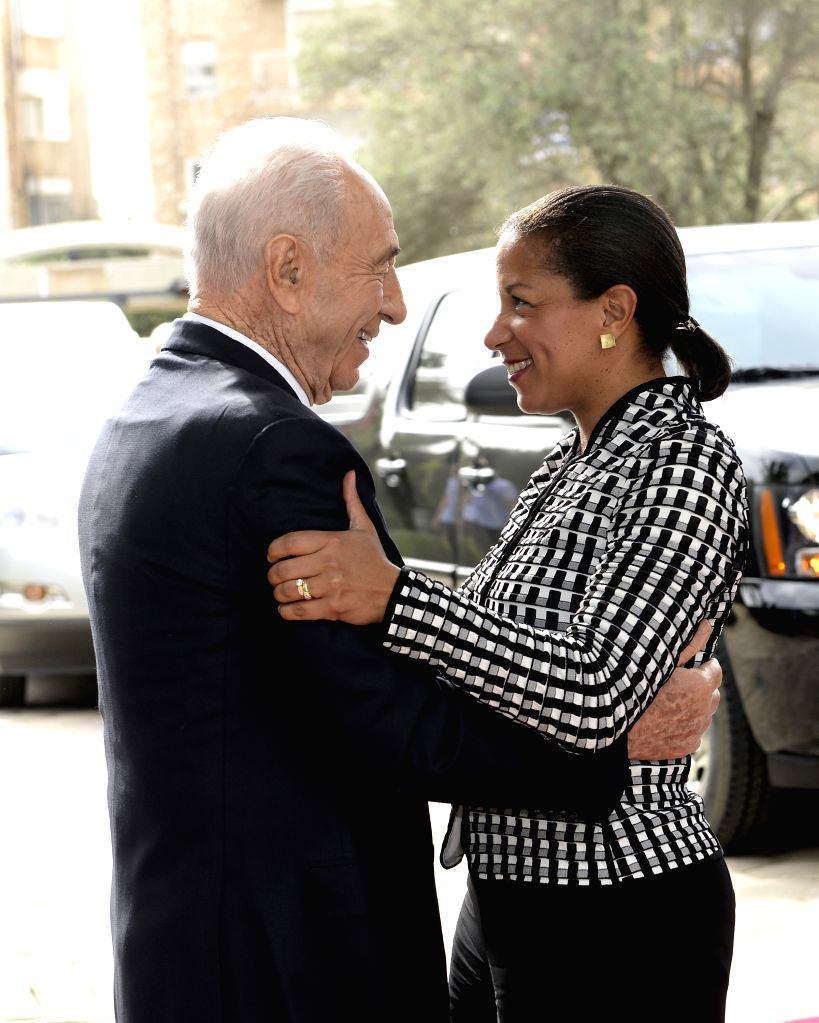 Israeli President Shimon Peres (L) greets U.S. National Security Adviser Susan Rice at the President's Residence in Jerusalem, on May 7, 2014. U.S. National ... - Benjamin Netanyahu