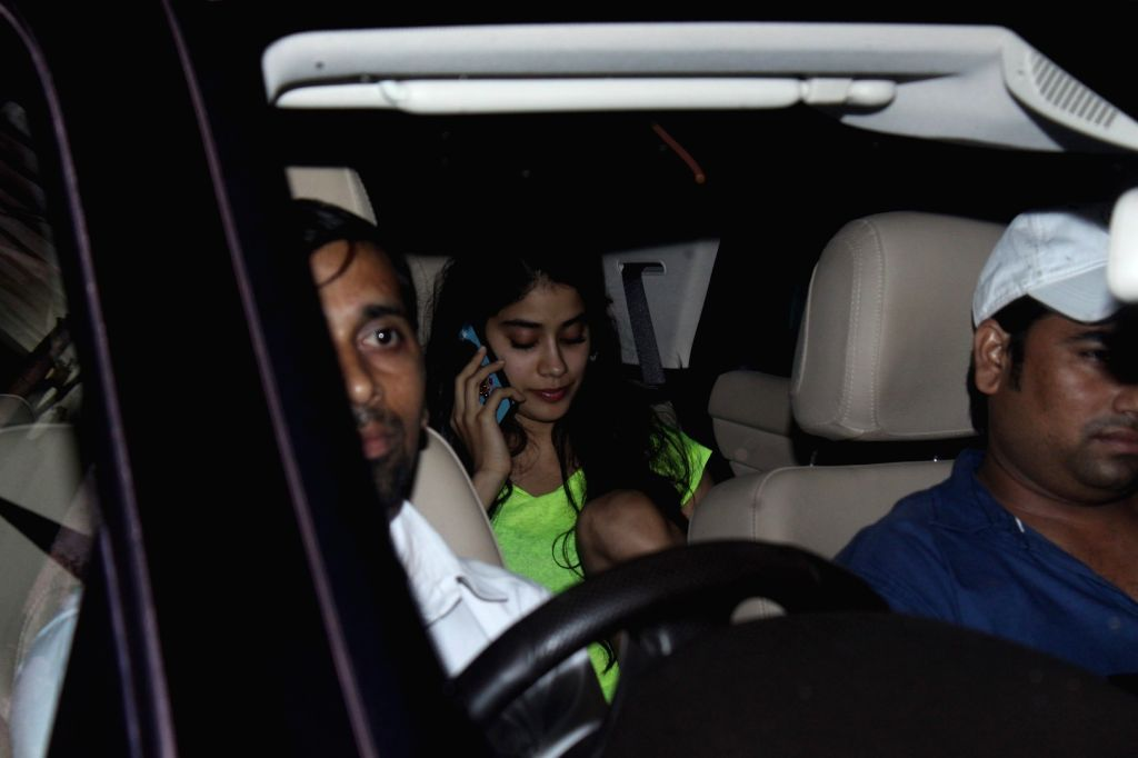 Jhanvi Kapoor Spotted at a Mumbai salon on July 6, 2017. - Jhanvi Kapoor Spotted