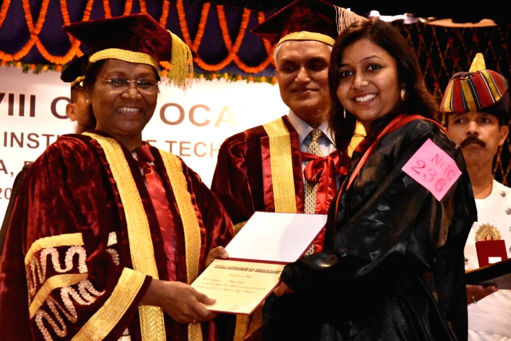 Jharkhand Governor Droupadi Murmu awards degree to a student during the 28th Convocation Ceremony of Birla Institute of Technology (BIT), Mesra in Ranchi on April 4, 2018.