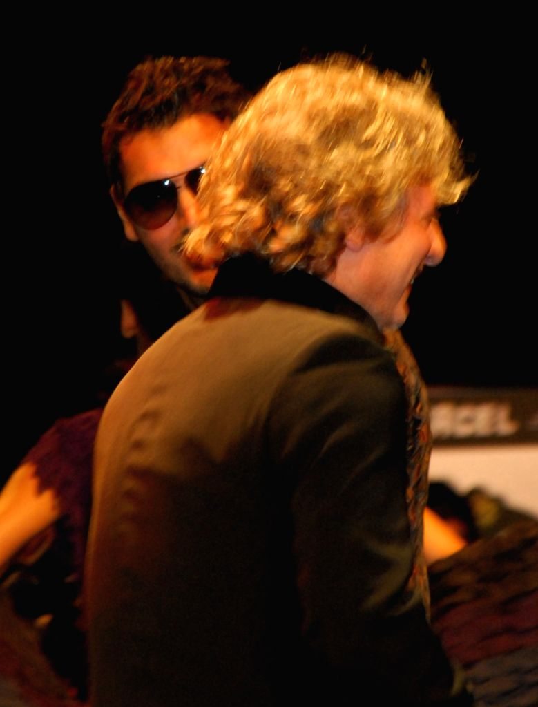 Jhon Abraham with designer Rohit Bal show during the Kolkata Fashion Week on 5th Apr 2009, India.