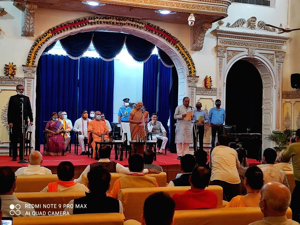 Jitin Prasad took oath