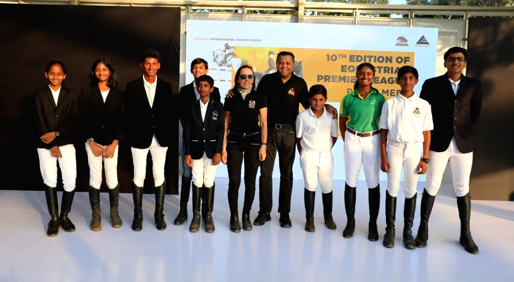 Jitu Virwani, Chairman and Managing Director, Embassy Group and Silva Storai, Director, Embassy International Riding School with the young Equestrian riders at EPL 10th edition Finale.