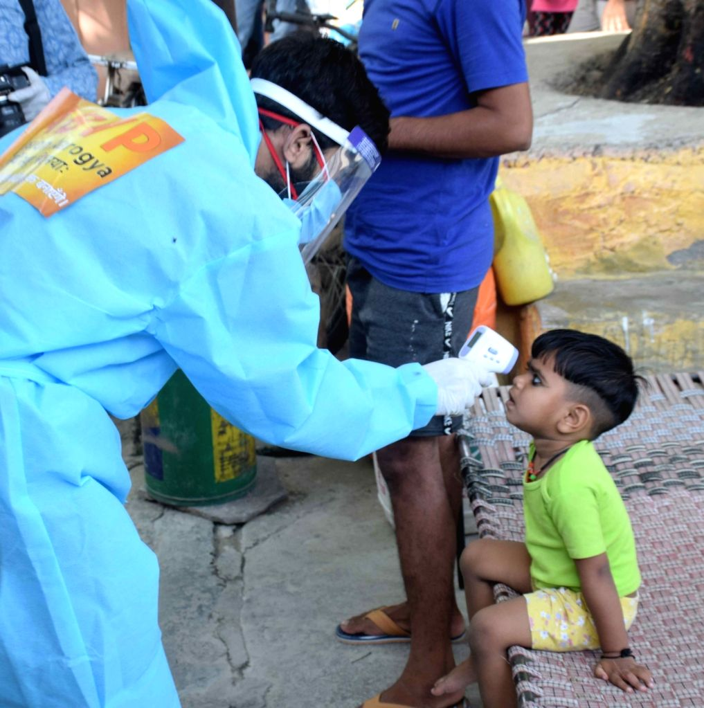 JNU student union  Akhil Bharatiya Vidyarthi Parishad, (ABVP) spotted during  Fever screening test for Covid-19 at Slum area in Vasant vihar but simply  Fever screening test is not an ...