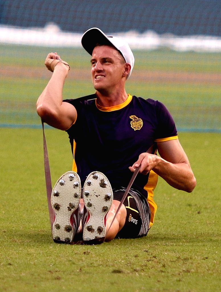 Johannesburg, June 4 (IANS) Former South African fast bowler Morne Morkel believes that it will be more of a challenge for fielders to not use saliva during a match. The 35-year-old, who retired from international cricket in 2018, said that bowlers w - Morne Morkel