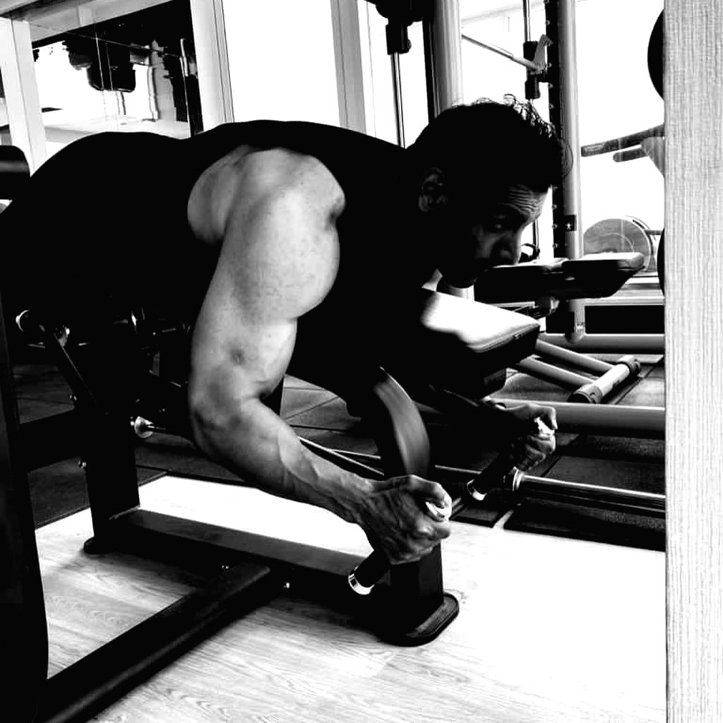 John Abraham turns on his beast mode. - John Abraham