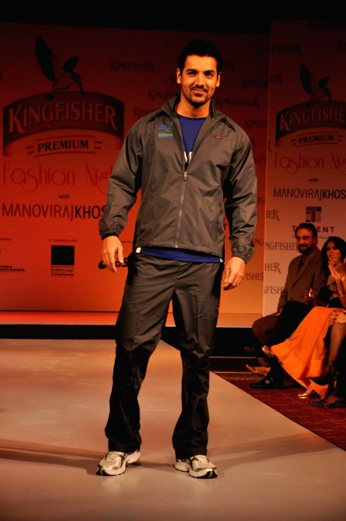 John Abraham Walk at SCMM Fashion Night at Hilton Towers in Mumbai. - John Abraham