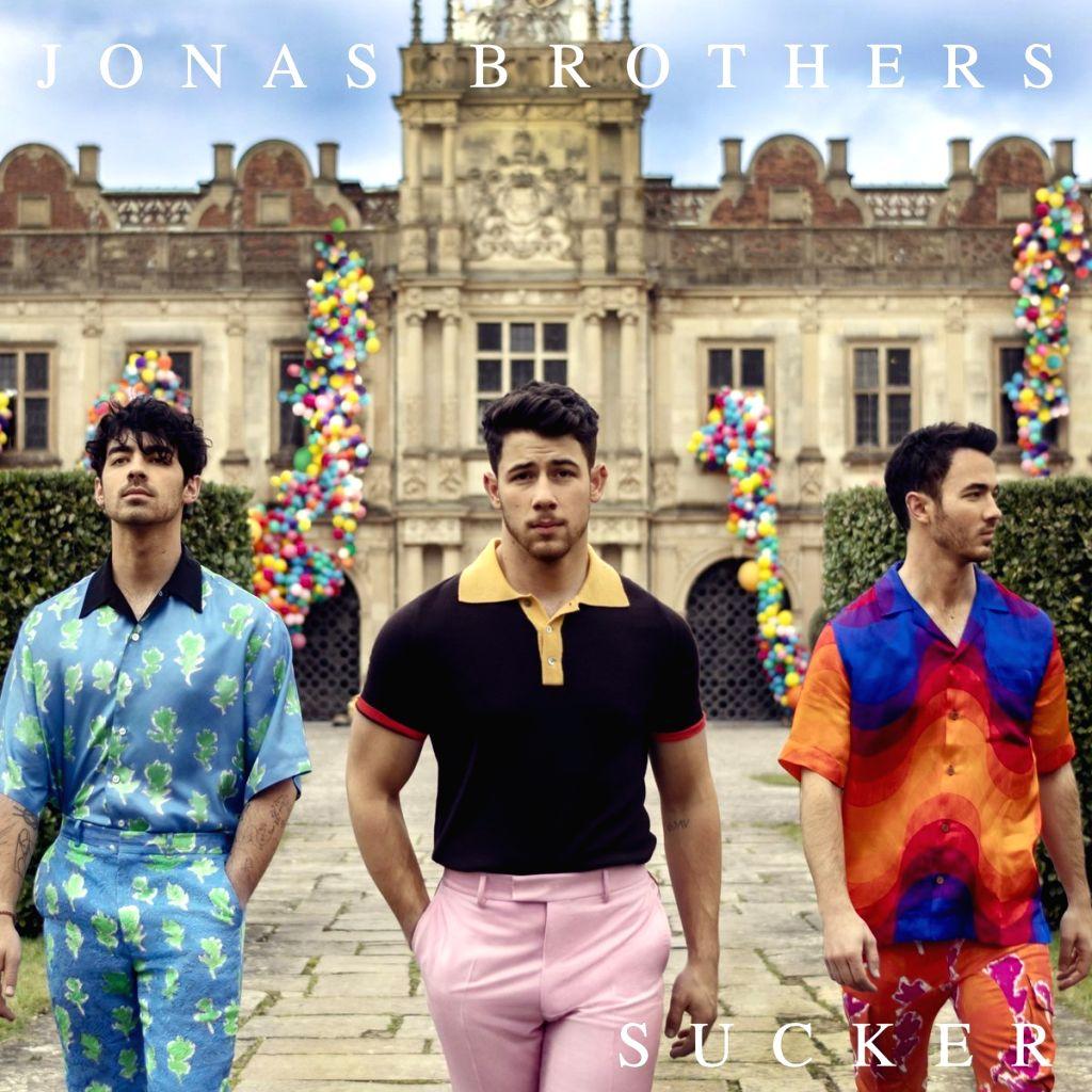 Jonas Brothers reunite, Priyanka stars in song's video. (Photo: Twitter/@nickjonas)