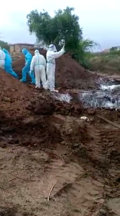 K'taka field team fired for dumping Covid victims.